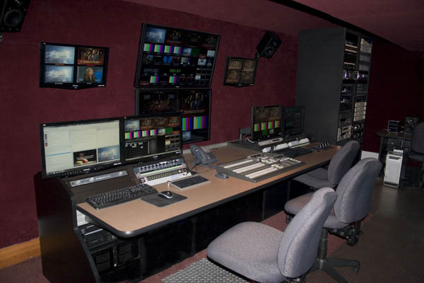 SIERRA VIDEO AND KRAMER ELECTRONICS BRING THE BIG PICTURE TO WEST ANGELES CHURCH